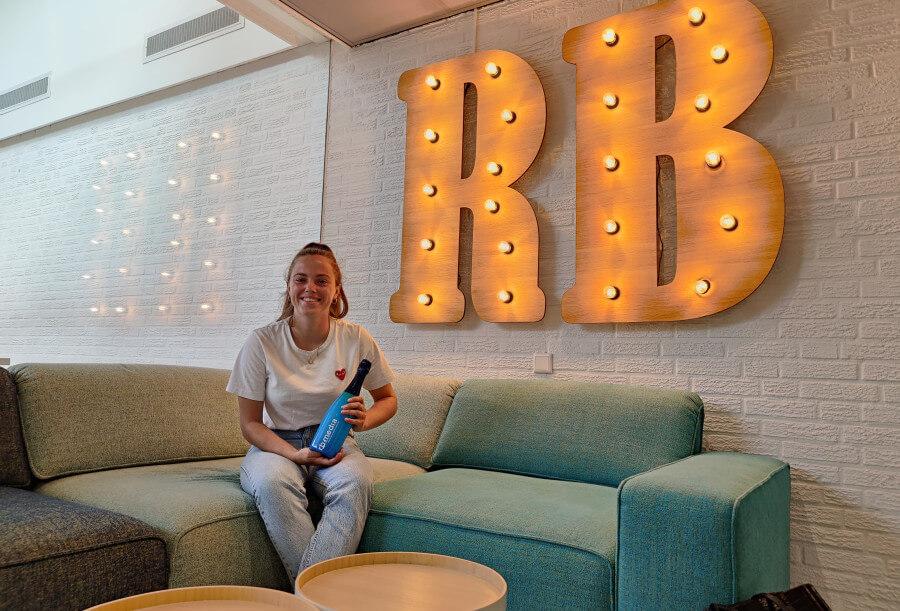 Nina Meere neemt in stijl afscheid | RB-Media