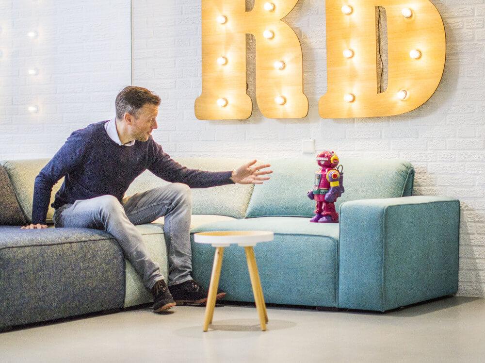 Welkom bij Internetbureau RB-Media uit Breda! Neem plaats in de loungehoek!